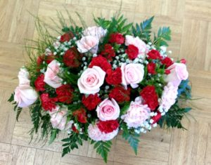 Centerpiece red and pink