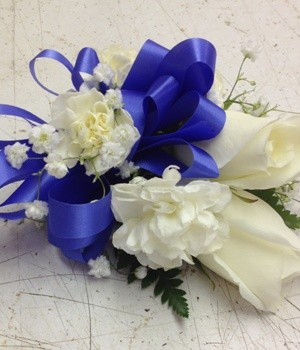 corsage with blue bow