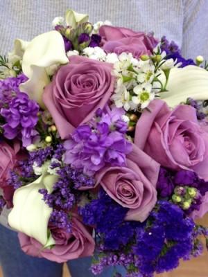 wedding lavendar roses