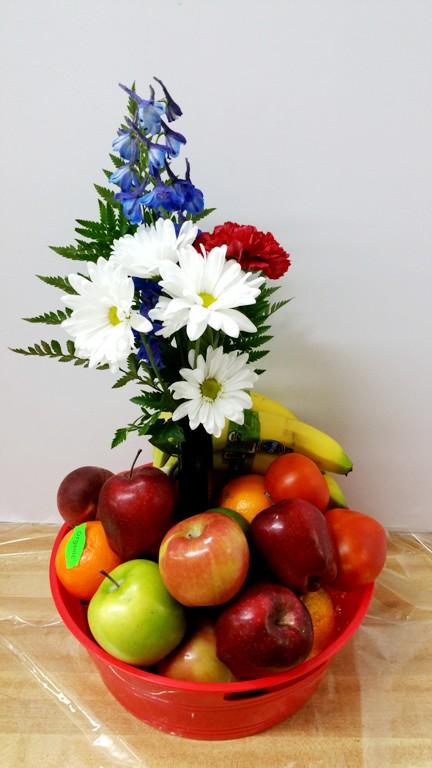 Delicious Organic Fresh Fruit Basket