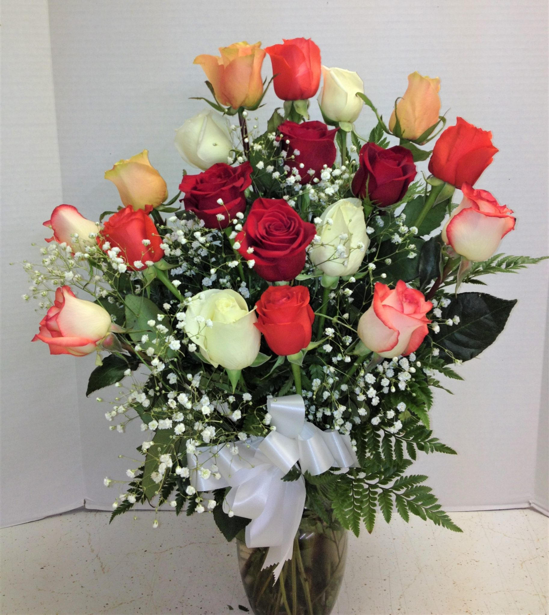 Mixed color roses 150 and above anniversary baby flowers mixed color roses izmirmasajfo